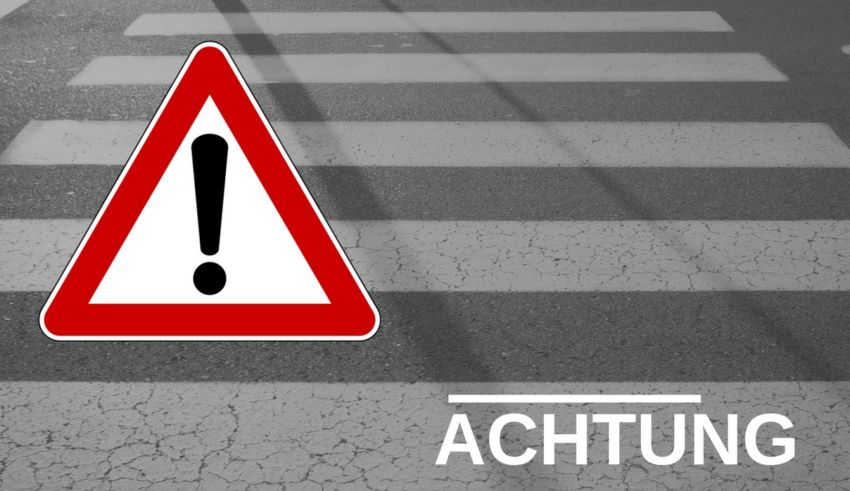 Achtung_Strasse