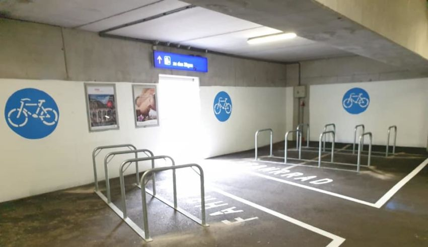 Zweiradplätze P&R