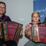 Johannes Münzner,mit seinen Schülern der Musikschule Maria-Anzbach – Eichgraben, sorgten für den musikalischen Hintergrund.