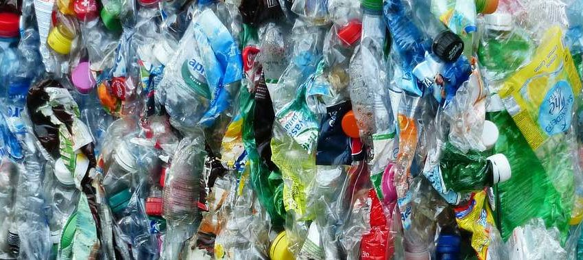 Plastic Bottles 115082 1280